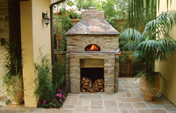 Mugnaini oven in outdoor patio setting