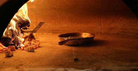 Pan in Mugnaini oven
