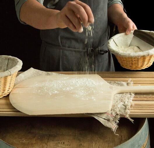 flouring wood peel
